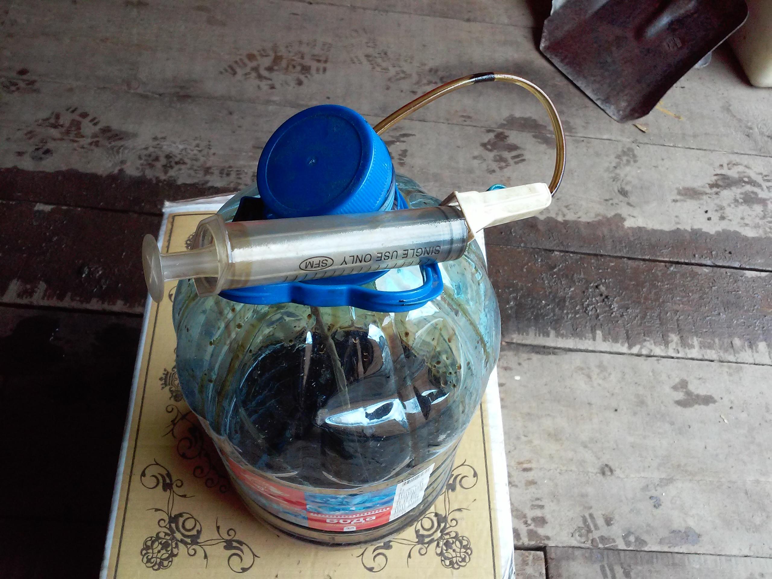 Устройство для замены масла в двигателе своими руками